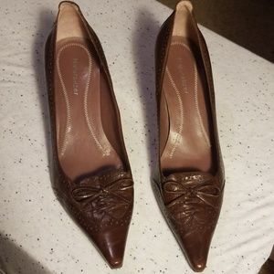 Naturalizer Fab pointy toe pump size 8